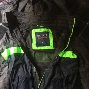 Hollister Rain Jacket XL